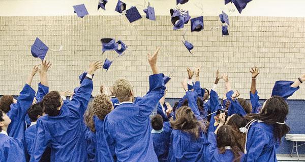 academics-graduate