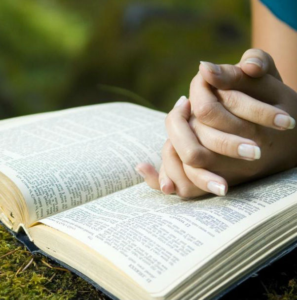 reading-bible-outside1